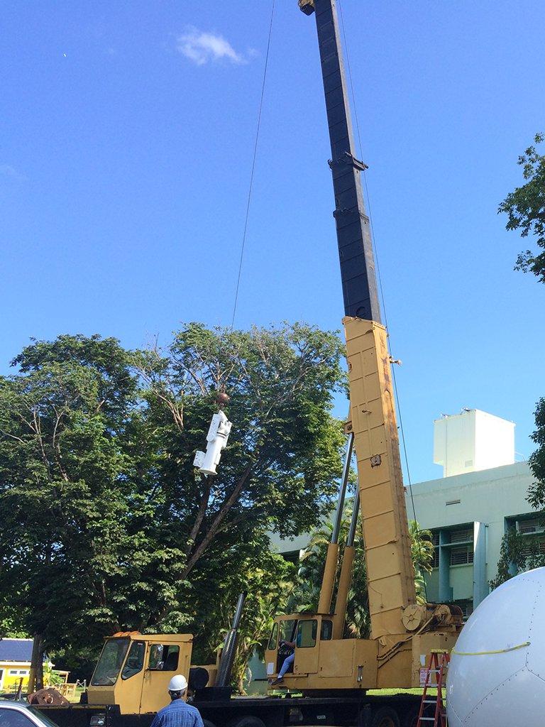 SSEC UPRM NOAA Puerto Rico Mayagüez crane lifting positioner and radome IMG_1133